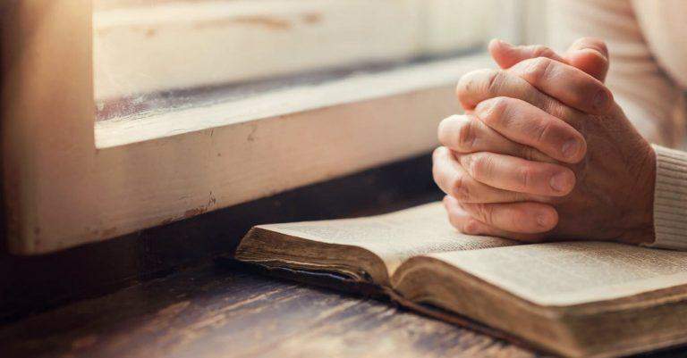 Belfountain Village Church - Group Prayer